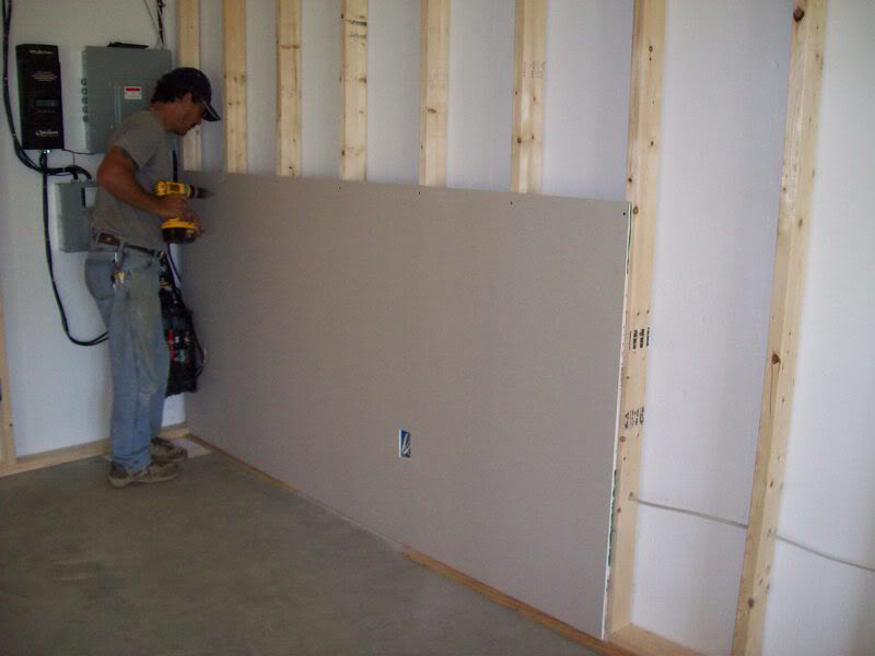 Drywall Gypsum Walls : Sheetrock handyman hire